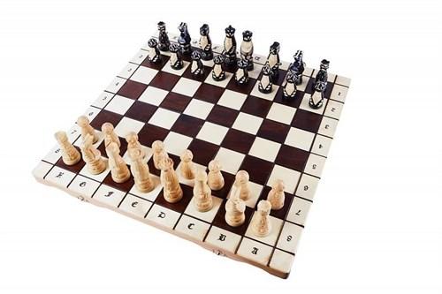 """Шахматы """"Поп"""""""
